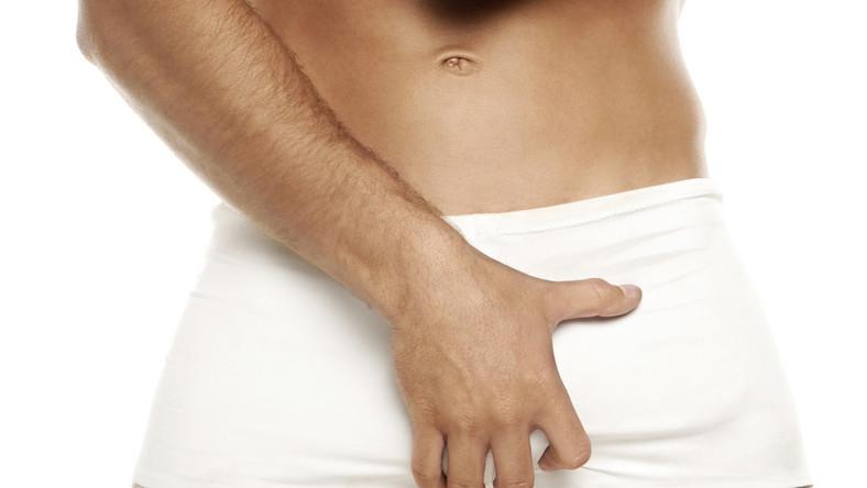 nincs erekció nővel miért fáj a gyomor egy erekció során