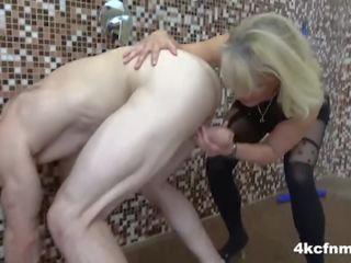 hatalmas pénisz dobog pénisz mosómedve csont