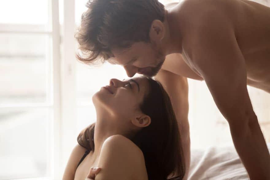 a jó erekció megnöveli a péniszt szilárd merevedéshez