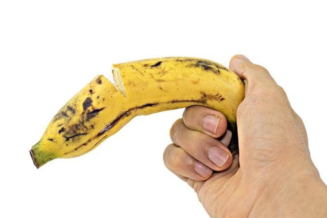 a pénisz mérete és vastagsága átlátszó kisülés az erekció során