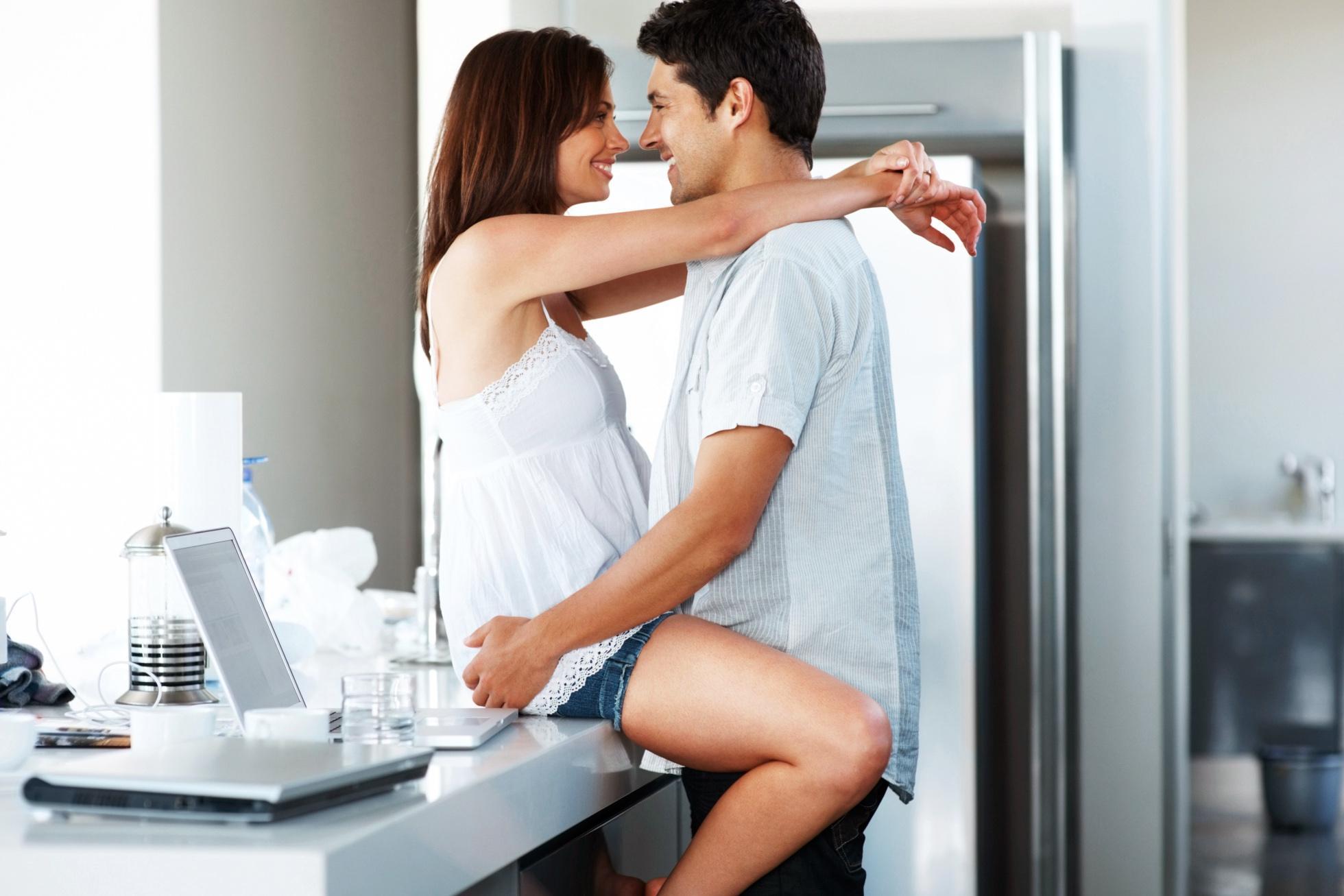 amikor feláll ha a partnernek van egy kis péniszpozíciója